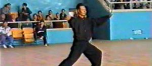 Zheng-Video-Taichi-1990-Style-Chen-Demonstration-La-Une